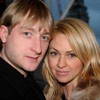 Плющенко и Рудковская показали трусы
